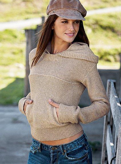 sweater-beige